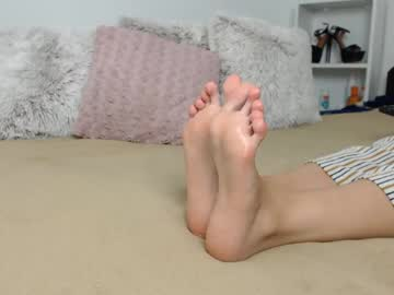 [28-10-20] feet_goddess video with dildo from Chaturbate.com