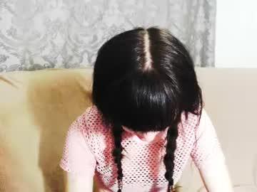 [10-09-18] simonna_leon video with toys