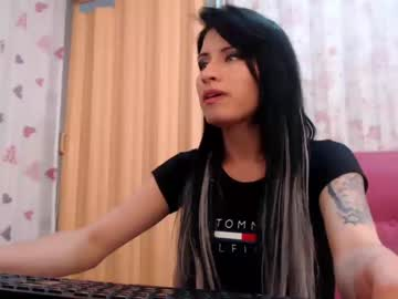 [14-01-19] sweetevelina_ chaturbate show with cum