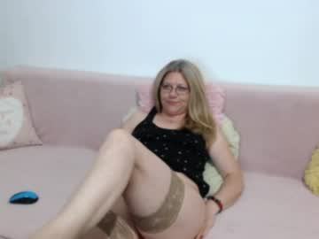 [10-08-19] goldieeva cam video from Chaturbate.com