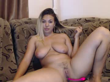 [04-07-20] karissma_gold record blowjob video from Chaturbate