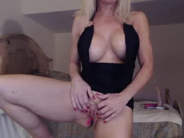 [19-05-19] cougarbarbie webcam show from Chaturbate