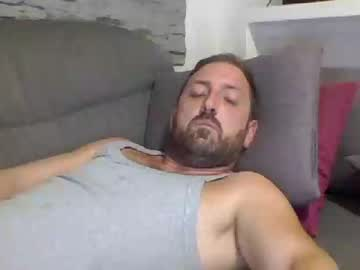 [02-09-19] lucabeech88 record public show video from Chaturbate