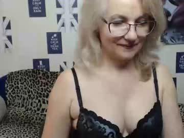 [18-06-19] blondwoman public webcam video from Chaturbate.com