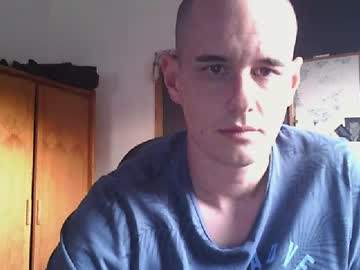 [18-07-20] dan19202 public webcam from Chaturbate