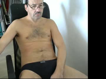 [26-11-20] waldo72 private show video from Chaturbate