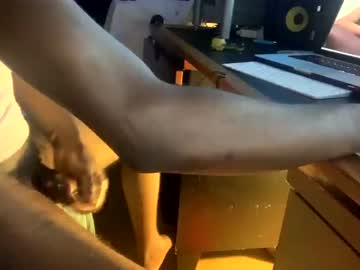 [18-11-20] montydxxx2 chaturbate video with dildo