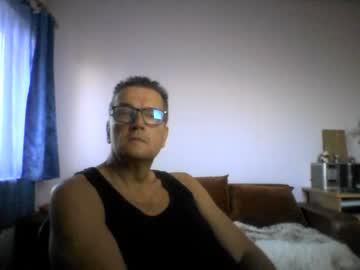 [10-10-21] ulmeni6 record cam video from Chaturbate.com