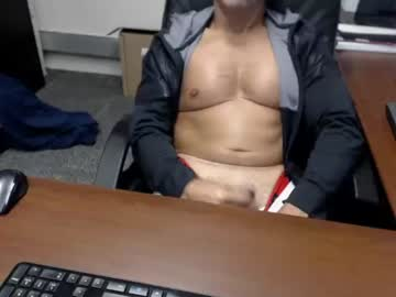 [13-09-19] gbone1999 public show video from Chaturbate.com