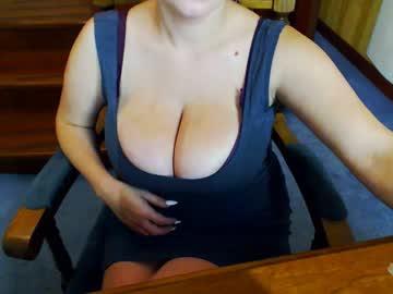 [09-10-18] kristimalonix public webcam from Chaturbate.com