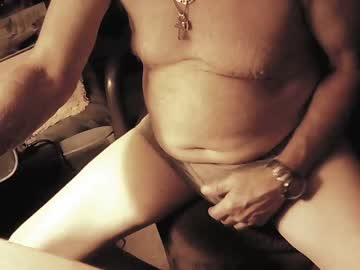 [16-10-20] munch_a_bunch private webcam from Chaturbate