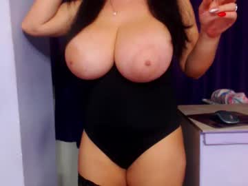 [23-01-19] bbylarra video with toys from Chaturbate.com
