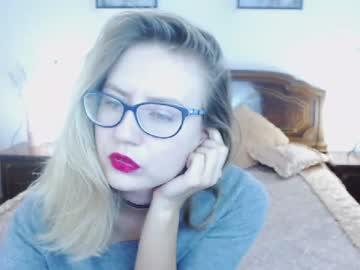 [16-10-18] lassielova chaturbate webcam