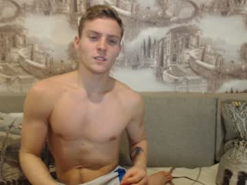 [16-12-18] hot_russian_maks record blowjob video