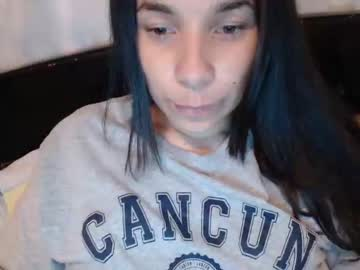 [17-04-19] _mellie_ show with cum from Chaturbate