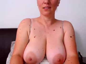 [01-07-21] katynextdoor record video with toys from Chaturbate.com