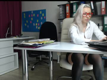 [12-12-18] bonnie_annd_clyde webcam show from Chaturbate