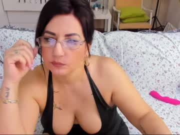 [16-02-19] karenhotmilf record public show video from Chaturbate.com