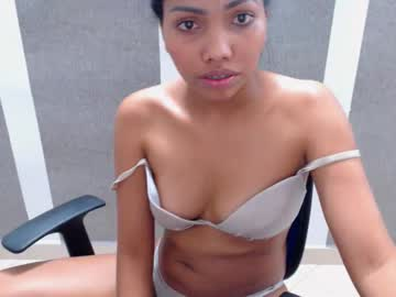 [04-12-18] brunett_hi record video with dildo from Chaturbate.com